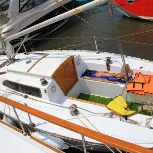 яхта 5-6 посадочных мест